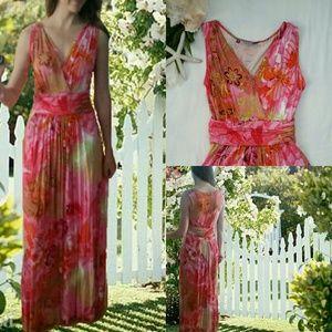 **Jennifer Lopez Bright Pink Print Maxi Dress**